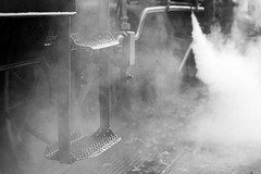 2017-10-M Monochrom-L2004894-web (Meine Sicht) Tags: bergischgladbach blackandwhite bw dampfeisenbahn dampflock fotokunst hsb harz harzerschmalspurbahn leica leicam messsucher rauen sw vollformat monochrom schwarzweiss wwwrauenfotode leicaaposummicronm90mmf2asph