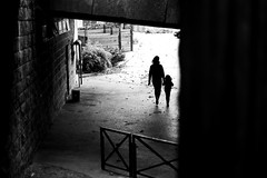 The woman and the girl (pascalcolin1) Tags: paris13 femme woman fillette girl ombre shadow lumière light photoderue streetview urbanarte noiretblanc blackandwhite tunnel chanel photopascalcolin 5omm canon canon50mm