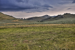Omicron (El Justy) Tags: cityofrocks nationalreserve idaho pacificnorthwest pnw unitedstates usa americana landscape prairie hills scenery outdoors sky clouds grass shrubs colors photo photography justinrice travel summer august field storm mountain rocks scenic calm quiet tour