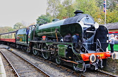 REPTON 926 S.R SCHOOLS CLASS (P.J.S. PHOTOGRAPHY) Tags: repton 926 sr schools class arrives at pickering station sunday 15th october nymr