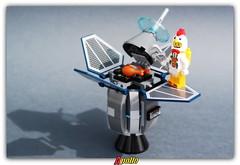 (peter-ray) Tags: chicken lego moc pollo peter ray samsung nx 2000 apollo satellite nasa minifigure mini figure space toys