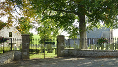 First touch of autumn (Elisafox22 A bit ON/OFF at the moment!) Tags: elisafox22 sony rx100 fence metal walls fencedfriday hff fencefriday gates kirk kirkyard cemetery trees sunshine autumn auchterless aberdeenshire scotland elisaliddell©2017