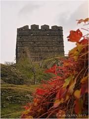 La Tour de Bérold en automne