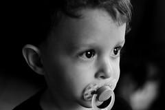 Gui (Victor Martins Garcia) Tags: criança child portraits pb bw pretoebranco blackandwhite mono monocromatico monochrome children