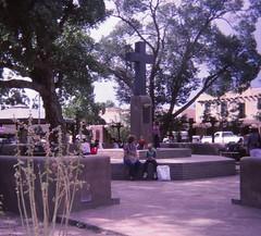Taos, New Mexico - August 1981 (Stabbur's Master) Tags: taos taosnm newmexico downtowntaos taosplaza westernusa westernus west southwestusa veteransmemorial taosveteransmemorial
