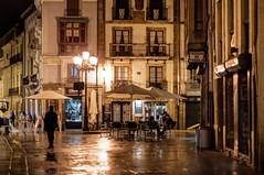 Cimadevilla, Oviedo (ccc.39) Tags: oviedo asturias cimadevilla calle noche nocturna ciudad urbana farola plaza
