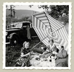 "Picnic (Vintage Cars & People) Tags: vintage classic black white ""blackwhite"" sw photo foto photography automobile car cars motor picnic piquenique picknick blanket food drink countryside summer outdoors woman women lady ladies man fellow chap gent suit fashion dress coat parasol beachumbrella mercedes mercedesbenz w136 170 mercedes170"