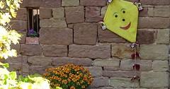 """Der Drachen. Die Drachen. Im Herbst ist es oft sehr windig, deshalb ist es die Jahreszeit, in der die Kinder Drachen steigen lassen. • <a style=""""font-size:0.8em;"""" href=""""http://www.flickr.com/photos/42554185@N00/37818536962/"""" target=""""_blank"""">View on Flickr</a>"""
