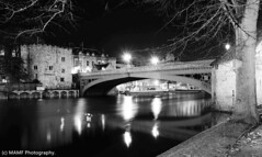 York Lendal bridge. (The friendly photographer.) Tags: art arty artistic artwork britain blackwhite blackandwhite bw biancoenero beauty beautiful blancoynegro blanco blancoenero city citycentre bridge lendalbridgeyork d7100 dark england enblancoynegro ennoiretblanc evening flickrcom flickr google googleimages gb greatbritain greatphotographers greatphoto image inbiancoenero images interesting imageblur mamfphotography mamf monochrome nikon nikond7100 noiretblanc noir north northernengland negro old photography photo pretoebranco photographer photograph reflection river riverouse schwarzundweis schwarz street town trees uk unitedkingdom urban water wet yorkshire yorkcitycentre york zwartenwit zwartwit zwart nighttime night