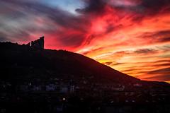 Sunset Shumen / Bulgaria (Hasan Yuzeir 📷) Tags: sunset shumen bulgaria hasanyuzeir canon 1300d color fantastic night sun colorful monument
