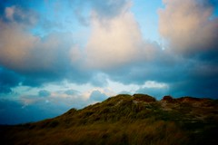 dunes (tom le ruez) Tags: jerseyci jerseychannelislands jersey 35mm 35mmfilm 35mmphoto 35mmphotography canonf1 coast analogphoto analogphotography analogfilm kodak kodakportra portra portra160 photography filmphoto filmphotography filmisnotdead istillshootfilm