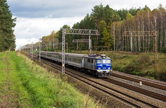 EP07-381 (Łukasz Draheim) Tags: polska poland pociąg pkp kolej nikon d5200 bydgoszcz landscapes landscape scenerie scenery train transport railway railroad rail