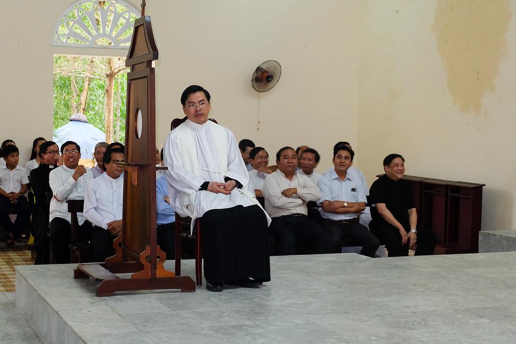 Giao Nhan xu Hoa Lam-18