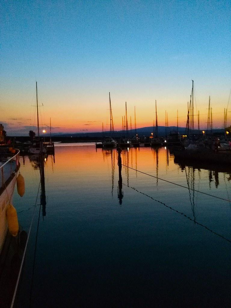 The world 39 s best photos of couche flickr hive mind - Port de couche obligatoire ...