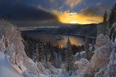 Snowshoe Sunrise (rootswalker) Tags: laketahoe emeraldbay sunrise snowshoe snow avalanche nikond810 distagont2821 carlzeiss21mm