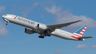 LHR - American Airlines Boeing 777-300