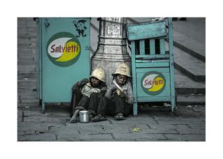 Lunch time.   ( La Paz. ) 1991