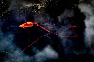Running man || Kīlauea Volcano