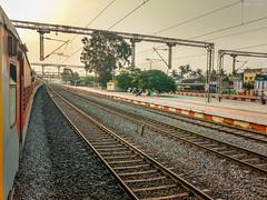 Trivandrum Chennai Mail at Avadi ! (Vijesh Kannan) Tags: indianrailways chennai avadi morning lhb tvc mail 12624 trivandrum mas