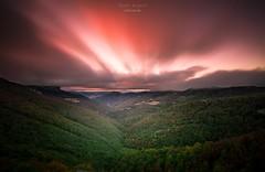 Tempus fugit (raulmiguelmantilla) Tags: sunset puesta de sol paisaje montaña cielo bosque