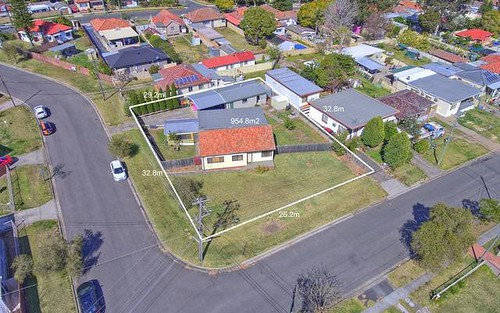 4 Curringa Rd, Villawood NSW 2163