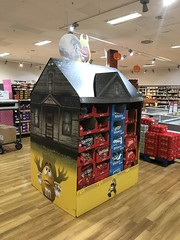 M&Ms Haunted House Display (firehouse.ie) Tags: supermarket market store shop instore display mandms mandm spooky creepy ireland dunnesstores dunnes confectionary sweets candy mms mm spoiky scary sacry allhallowa allsoulseve zombies ghouls october2017 witches monsters ghosts haunted hauntedhouse 2017 halloween
