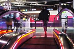 Salas VIP (Coquine!) Tags: christianleyk spain españa spanien madrid airport barajas flughafen aeroporto rolltreppe vip escalator travel reisen illumination
