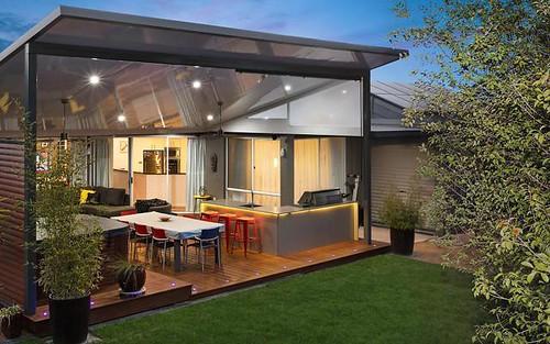 8 Carolyn Jackson Drive, Jerrabomberra NSW