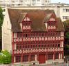 Quelle est celle belle maison? maison des Quatrans à Caen, Calvados. (Marie-Hélène Cingal) Tags: france colombages halftimbered