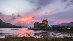 Eilean Donan Castle sunset (Maria-H) Tags: scotland unitedkingdom gb eileandonan castle dornie sunset sea olympus omdem1markii panasonic 1235