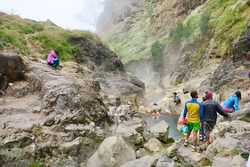 Day 2 of 3 climbing the active volcano in Mount Rinjani was the hardest day. We walked from 2:30am till 8pm. This pictures are from a 1-hour stop we had at the hot springs before the base camp. Lombok. Indonesia  August 2017 #itravelanddance