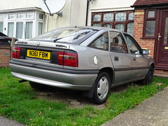 1995 Vauxhall Cavalier 1.8i (Neil's classics) Tags: vehicle 1995 vauxhall cavalier 18i car