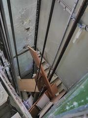 """""""Don`t use lift in case of fire"""" Elevator Shaft - Broken Glass, Feathers, Doors, Cables, """"121 / 3"""", Textile, Board Liftschacht - Glas zerbrochen, Federn, Türen, Kabel, """"121 / 3"""", Stoff, Brett, Tragseil .... (hedbavny) Tags: tür door türschnalle griff brett board shelf regal kasten wood holz feder feather daune bettfeder bett schlafen sleep schrift glas glass broken zerbrochen zersprungen sprung schacht shaft lift elevator liftschacht fahrstuhl aufzug personenaufzug kabinenaufzug einkabinenaufzug seilaufzug seil rope tragseil stiegenhaus gang treppe stiege stufe vertigo green grün weis white braun brown grau black mist trash abfall vandalismus band stele fenster window kreuz cross fensterkreuz ecke corner jakobsleiter urbex hedbavny ingridhedbavny niederösterreich österreich austria loweraustria"""