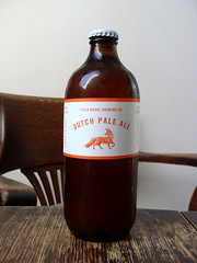 Field House Dutch Pale Ale (knightbefore_99) Tags: cerveza beer pivo tasty best craft cool hops malt eastabby bc vancouver stubby dutch pale ale local
