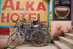 Bicycle in front of Alka Hotel in Varanasi, India. (cookiesound) Tags: varanasi india travel travelphotography inspiration nisamaier ullimaier cookiesound canon adventure documentary street streetlife alka alkahotel bicycle colours