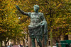 Estatua de Octavio Augusto en Gijón, Principado de Asturias. España. (RAYPORRES) Tags: gijon principadodeasturias playadesanlorenzo asturias escultura octavioaugusto monumento españa estatua