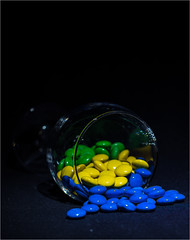 IMG_0214 (istvantakacs_Bp) Tags: contrast colors candy mm black glass lights 80d canon blue yellow green 50mm stm