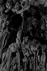 2017_04_22VangViengCaves29 (Andi [アンデイ]) Tags: stone cave structure höhle tropfsteinhöhle stalactites laos lao vangvieng luangprabang travel travelphotography monochrome mono bw blackandwhite blackandwhitephotography grey nature rocks mountains geology canon sigma24105a sigmalens seasia southeastasia
