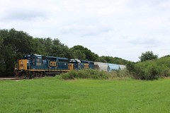 CSX O711 tied down (dylanmscott112) Tags: winston local gp392 gp403 trains csx
