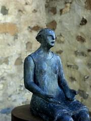 MONUMENTO A LA MAESTRA RURAL (stavlokratz) Tags: españa aragón huesca altogállego jaca sabiñánigo elpuentedesabiñánigo serrablo escultura mercedesmillánmainar sculpture