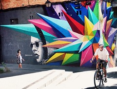 españa: krypronite (gregjack!) Tags: spain madird mural art streetart graffiti street streetphotography colour streetclolour bike man candid quartz cluster sony lavapies kryptonite