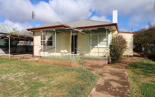 112 Camp Street, Temora NSW