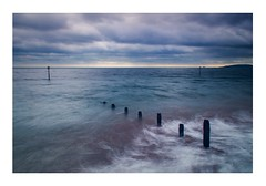 Teignmouth Seafront, Devon, England. (Mark Curnow Photography) Tags: teignmouth devon england uk holiday tourist canonphotography outdoorphotography canon eos 550d cold autumn fall season day cloudy moody seabreak water longexposure watertrails shoreline