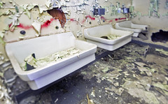 cleanliness is next to godliness (Jonathon Much) Tags: hospital urbanexploration urbex urbandecay urbanex decay decaying decayed ruinporn decomposition decomposing chicago explorer exploration crumbling crusty rust surgery surgeon urban peelingpaint debris indoors tiltshift observation cookcountyhospital building illinois abandoned abandonment geometric city pipes indoor sinks dof