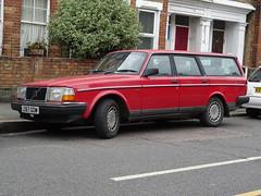 1991 Volvo 240 GL (Neil's classics) Tags: vehicle wagon estate