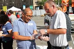 Recordpoging EHBO Rode Kruis op de Dam Amsterdam (Bobtom Foto) Tags: ehbo rodekruis rode kruis guinness book records prinses margriet prins pieterchristiaan irene moors dam amsterdam
