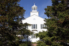 Town Hall, Wellfleet, Cape Cod, Massachusetts, USA (Thierry Hoppe) Tags: townhall wellfleet capecod massachusetts usa trees facade wood old ma cape upper barnstablecounty barnstable county