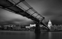 St Pauls Caught in Sunlight (www.davidrosenphotography.com) Tags: stpaulcathedral thames london river blackwhite blackandwhite water reflections longexposure travel