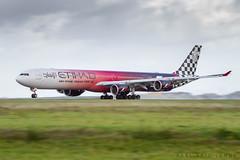 A346 Etihad Airways - CDG (Karl-Eric Lenne) Tags: