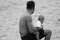Father & Child (fxdx) Tags: father child sea mono monochrome bw black withe nb fz1000